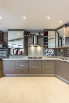 Kitchen Cabinet Remodel, Modern Kitchen Interiors, Simple Kitchen Design, Kitchen Interior Design Decor, Kitchen Room Design, Interior Design Kitchen, Latest Kitchen Designs, Kitchen Furniture Design, Modern Kitchen Design