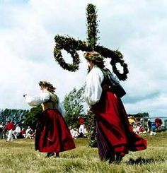 The Midsummer Celebration: Sweden's biggest party of the year and the best time to visit! Wanderlust, Beltane, Juhlat, Islanti, Tanska, Historia, Suomi, Maisema