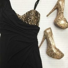 I just discovered this while shopping on Poshmark: Black and Gold Sequin Party Dress. Check it out! Price: $40 Size: L