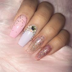 Nails by @gabrielarrrr_nails  at @amerinails_lasamericas  Use code GLAMTRASH for $$ off your next visit  #amerinailslapo #sandiegonails #glamtrashmakeup #unicornnails (this set runs at about $45 includes glitter under the nails)