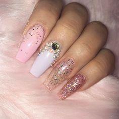 Nails by @gabrielarrrr_nails  at @amerinails_lasamericas  Use code GLAMTRASH for $$ off your next visit  #amerinailslapo #sandiegonails #glamtrashmakeup #unicornnails (this set runs at about $45 includes glitter under the nails)
