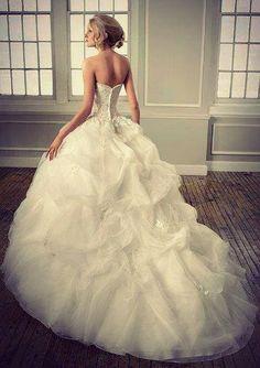 puff ball wedding dress