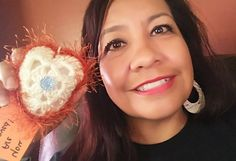 While traveling thru Portales, N.M. to Denver, C.O my children i stopped at Allsups to fill up and while i stood there pumping gas and dreading the long drive i looked up and there it was a Quilted Heart! #ifaqh #ifoundaquiltedheart