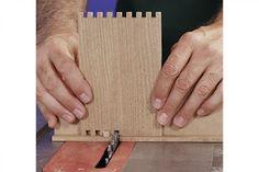 Ah! E se falando em madeira...: box joint jig