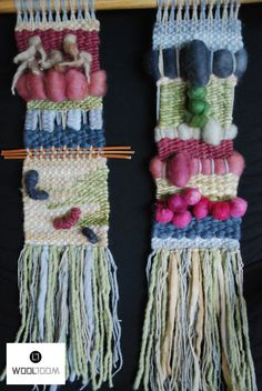 Olive green background - Hand woven wall hanging // weaving // telar decorativo made by WooL LooM