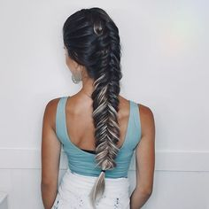 ✨You are made of stardust and are loved beyond measure. Rest and relax remembering that the universe has your back infinitely and indefinitely   .  .  .  .  .  #braidsinaction #braids #braid #braidstyles #braidideas #perfectbraids #fishtail #fishtailbraid #fishtailbraids #trança #tranças #espinhadepeixe #hudabeauty #cghphotofeature #americanstyle #hairsandstyles #hairgoals #hairgoals #braidgoals #hairtutorial #amazingbraids #hairstylist #hair