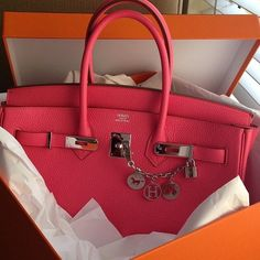 Hermes Birkin Bag -- I absolutely adore coral (pink)! Hermes Birkin, Hermes Bags, Hermes Handbags, Purses And Handbags, Luxury Handbags, Birkin Bags, Hermes Purse, Cheap Handbags, Sacs Design