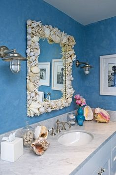 Love Love Love the mirror! What a great thing to do with all the seashells you bring home from the beach!