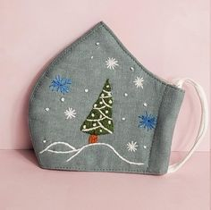 Hand Embroidery, Coin Purse, Christmas Tree, Wallet, Purses, Etsy, Craft, Clothes Line, Gift Wrapping