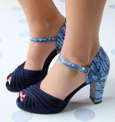 Chie Mihara :: Tienda de zapatos en línea :: Zapatos almacenan +34 966 980 415