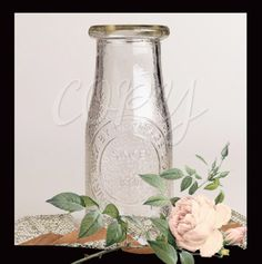 Items similar to Vintage Style Milk Bottle - Set of 10 - Wedding Supplies - Vase - Crafts - DIY on Etsy Vase Crafts, Diy Crafts, Vintage Style, Vintage Fashion, Bridal Shower Rustic, Wedding Supplies, Wedding Centerpieces, Milk, Bottle