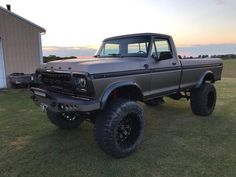 jeeps and trucks My involvement in Jeeps started off when I'm with school, as 1979 Ford Truck, Lifted Ford Trucks, Chevy Trucks, Lifted Chevy, Lifted Cars, Ford 4x4, Vintage Pickup Trucks, Classic Ford Trucks, Cool Trucks