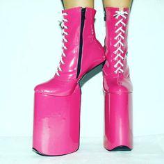 #pink #pleasure #pleasure #pleasershoes #highheels #12inch #ootd #trendalert #fetish #poledancenation #poledance #trend #shine #shinee #polelife #aerials #shoeporn #shoestagram
