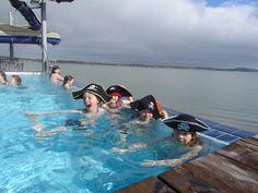 Hauska syysloma Ahvenanmaalla - Visit Åland Helsinki Things To Do, Tub, Outdoor Decor, Bathtubs, Bathtub, Bath Tub, Bath