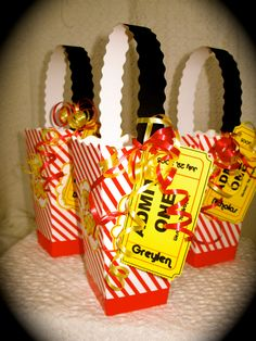 Movie theatre party favors
