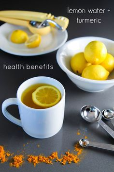 Liver Cleanse Detox The taste takes some getting used to but the health benefits of lemon water and turmeric are quite extensive. - Add even more health benefits to your morning cup of warm lemon water by mixing in turmeric. Healthy Detox, Health And Nutrition, Healthy Drinks, Health Tips, Easy Detox, Nutrition Websites, Healthy Food, Scitec Nutrition, Nutrition Drinks