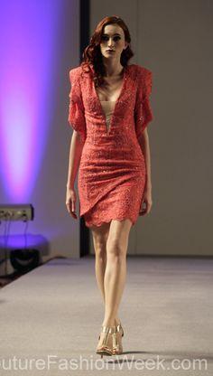Andres Aquino 꾸뛰르 패션위크 뉴욕 봄컬렉션 2013 #패션위크#패션#꾸뛰르#Andres Aquino#스타일#여자#모던디자이너#모델#레드드레스#패션쇼#뉴욕