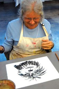 Art therapy can greatly benefit seniors with dementia.