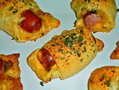 The Weekend Gourmet: Posh Pigs In a Blanket...Perfect for Football Season!