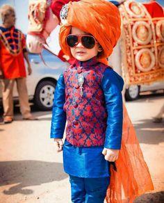 Kids fashion wear ideas for Indian wedding. Kids Fashion Wear, Little Boy Fashion, Baby Boy Fashion, Kids Dress Wear, Fancy Dress For Kids, Kids Wear, Baby Boy Ethnic Wear, Kids Ethnic Wear, Baby Boy Dress