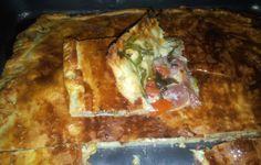 Torta salata crudo, rucola e pomodorini