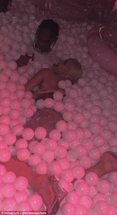 Inside Kylie Jenner's blowout birthday bash Never too old for a ball pit! Kylie was filmed playing around with boyfriend Travis Scott in the pit, with the beauty animatedly kicking her legs and sticking out her tongue Iphone Background Wallpaper, Pink Wallpaper, Bad Girl Aesthetic, Pink Aesthetic, Aesthetic Pastel Wallpaper, Aesthetic Wallpapers, Travis Scott Kylie Jenner, Couple Noir, Travis Scott Wallpapers