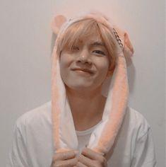 Hoseok, Seokjin, Namjoon, Foto Bts, Bts Photo, Kpop Anime, Jimin, V Bts Wallpaper, Bts Aesthetic Pictures