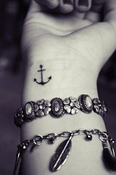 awesome Friend Tattoos - Anchor tattoo meanings, designs and ideas with great images for 2017. Learn abou...