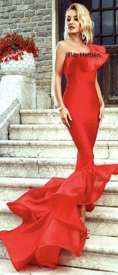 Stairs And Doors, Long Dresses, Formal Dresses, Strike A Pose, Lady In Red, Sassy, Perfume, Poses, Fashion