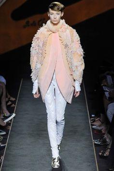 Fendi Fall 2015 Couture - Haute couture automne 2015 #mode #fashion