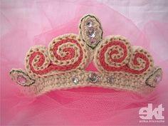 Princess Tiara Pattern #freepattern #translate #crochet #tiara #princess