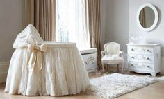 Kate Middleton há muito tempo tornou-se ícone fashion no Reino Unido e essa febre também se estendeu a seus filhos, George e Charlotte.