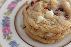 White chocolate pomogranate cookies by the Baking Robot