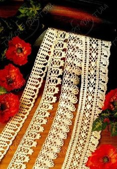 "Photo from album ""кайма крючком"" on Yandex. Crochet Dollies, Crochet Art, Cute Crochet, Crochet Flowers, Crochet Borders, Crochet Patterns, Crochet Edgings, Bargello, Lace Knitting"