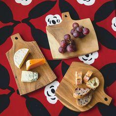 料理家・レリッシュ主宰 森 かおるさんと作った ボトルシルエットが個性的 食卓を彩る木製カッティングボードの会|フェリシモ
