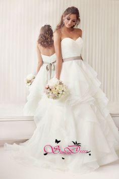 https://www.simondress.com/essense-of-australia-wedding-dress-style-d1672.html  Essense of Australia Wedding Dress STYLE D1672