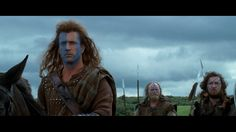 William Wallace getting ready for battle in Braveheart 1995