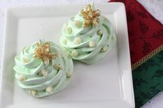 Christmas Meringue Cookies with White Chocolate Decorations