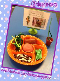 Jack and the Beanstalk - play dough invitation. Eyfs Jack And The Beanstalk, Lollipop Recipe, The Tiny Seed, Traditional Tales, Outdoor Learning, Play Dough, Fine Motor, Childcare, Castles