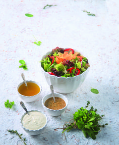 Mixed greens salad with citrus - honey vinaigrette - www. Cake Roll Recipes, Cheese Recipes, Cooking Recipes, Olive Oil Vinaigrette, Citrus Juice, Salad Bar, Rolls Recipe, Greek Recipes, Fresh Rolls