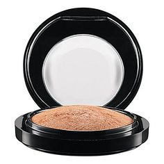 MAC Mineralize Skinfinish A luxurious velvet-soft powder with high-frost metallic finish. Smoothes on: adding buffed-up highlights to cheeks and brows, or an overall ultra-deluxe polish to the face. New window compact.
