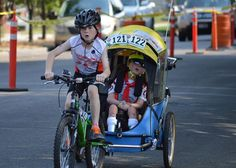 Lucas has lissencephaly but with Noah - his big brother -the two boys completed their first kids triathlon in Boise, Idaho: a beautiful story of love and friendship (I) l #LucasHouse