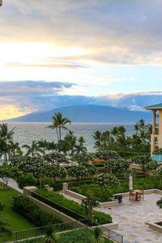 Beautiful sunset and ocean view from a room at Four Seasons Resort Maui at Wailea. La Jolla Mom #Maui #Hawaii Maui Travel, Nightlife Travel, Thailand Travel, Italy Travel, Bangkok Thailand, Las Vegas Airport, Las Vegas Hotels, Beach Resorts, Hotels And Resorts