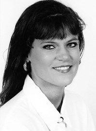 Julie Krauth Dearring- Augustana University Hall of Fame Class of 2003