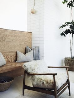 Mid Century perfection_via Nordicspace Blog. all photos by Pia Ulin for Kinfolk Home, spotted on My Scandinavian Home