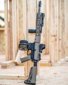 Airsoft Guns, Weapons Guns, Guns And Ammo, Military Tactics, Military Weapons, Battle Rifle, Firearms, Shotguns, Tactical Equipment