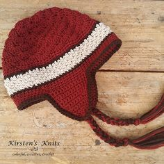 Only a couple more weeks of winter left! Make sure you look stylish on the slopes before the end of the season. This pattern uses part of a video from Crochet Geek for the top of the hat.