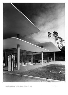 Henri Heidersberger, Gas Station, Blauer See (Blue Lake), Hannover, 1953