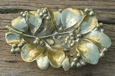 Vintage Virginia Metalcrafters Brass MISTLETOE LEAF TRAY DISH 4-36 No Reserve
