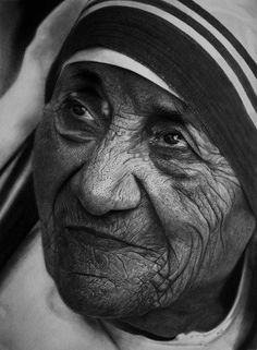 Realistic Portrait Drawing Mother Teresa by Kelvin Okafor - This is not a photograph, it is an incredible detailed pencil and charcoal drawing. Just amazing! Pencil Drawing Images, Realistic Pencil Drawings, Pencil Art, Drawing Step, Realistic Sketch, Drawing Faces, Drawing Skills, Manga Drawing, Art Drawings